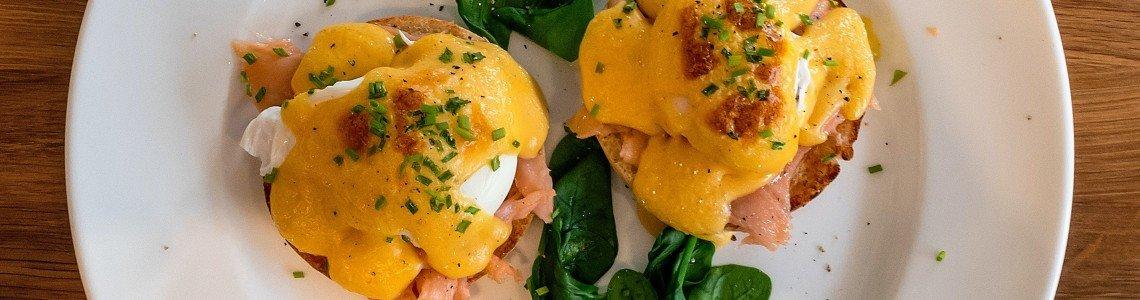 Кето Крънчи яйца със спанак (Рецепта)