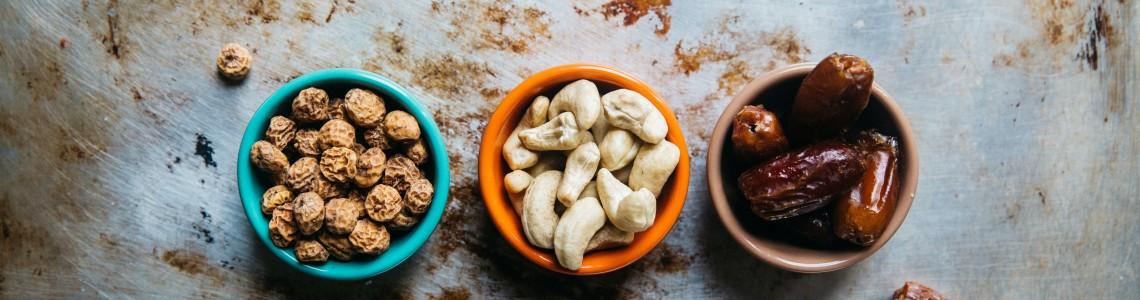 Сурови беззахарни веган бонбони на VSfood (Рецепта)